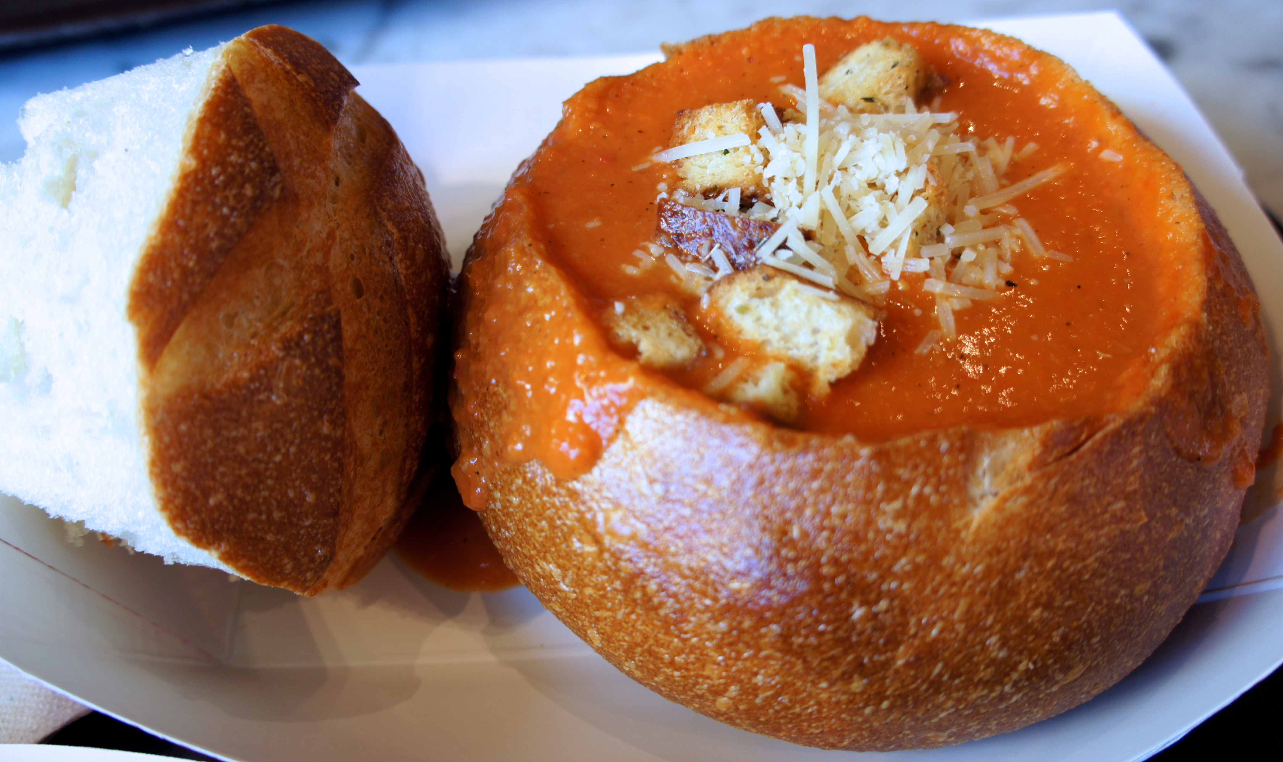how to cut a bread bowl for soup