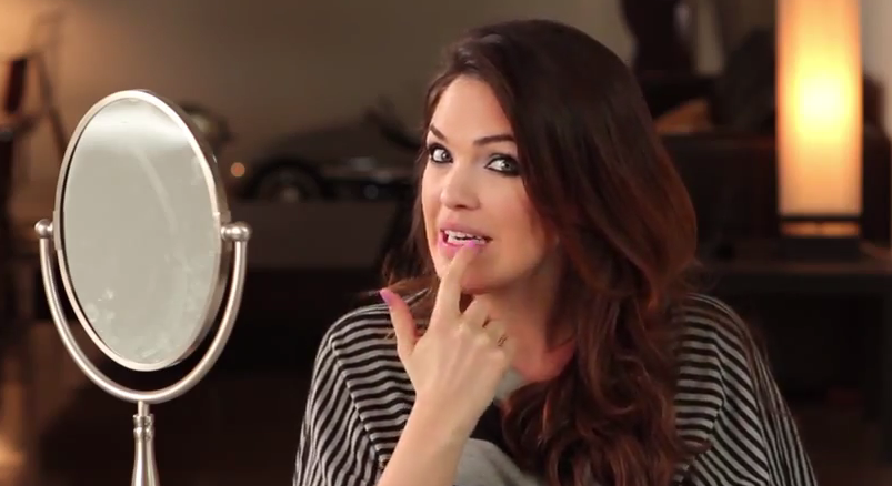 Selena Gomez makeup tutorial